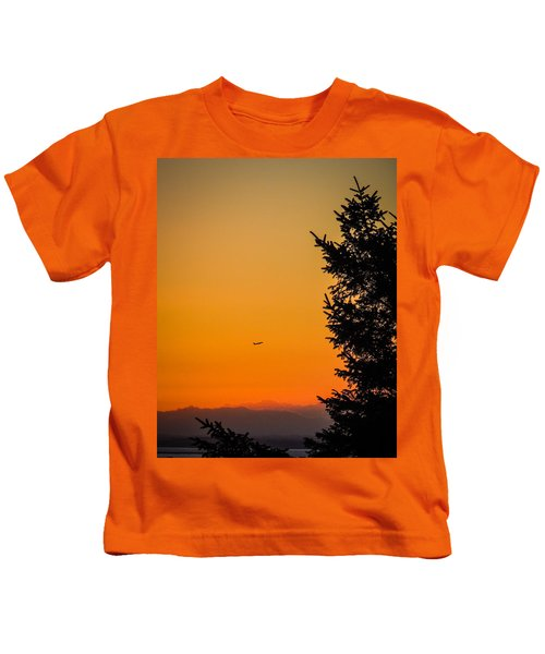 Sunrise Flight Departing Shannon Airport Kids T-Shirt