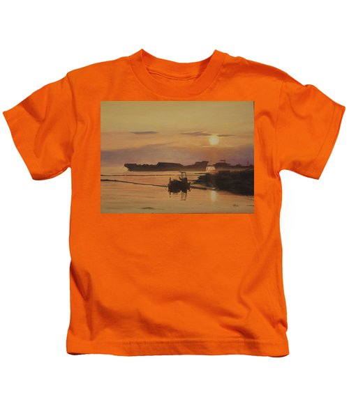 At The End Of It's Day Kids T-Shirt