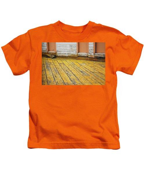 Weathered Monterey Building Kids T-Shirt