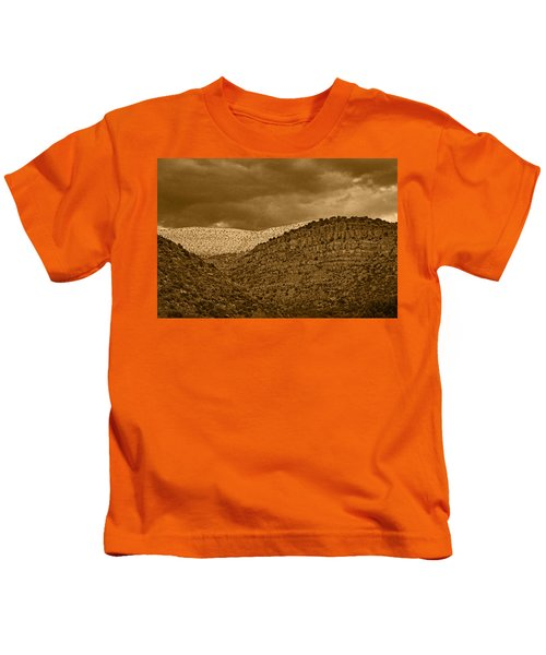 View From A Train Tnt Kids T-Shirt