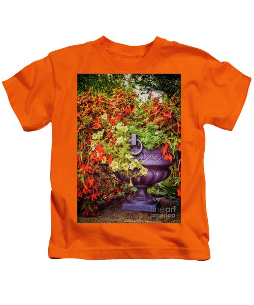 Decorative Flower Vase In Garden Kids T-Shirt