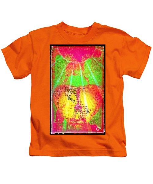 Ange De Paix Mondiale Kids T-Shirt