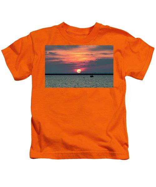 Classic Buffalo Sunset Kids T-Shirt