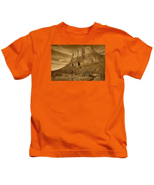 Courthouse Butte Tnt Kids T-Shirt