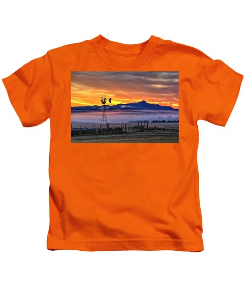 Foggy Spearfish Sunrise Kids T-Shirt