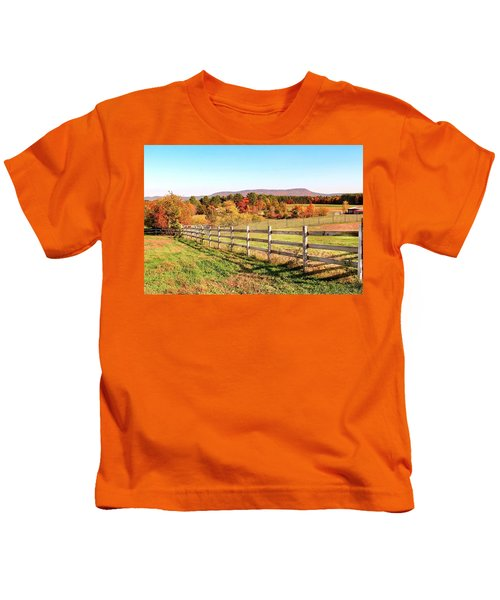 Glendale Road View In The Fall Kids T-Shirt