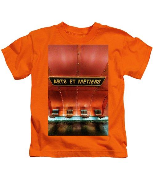 Les Arts Et Metiers, Metro Station, Paris, France. Kids T-Shirt