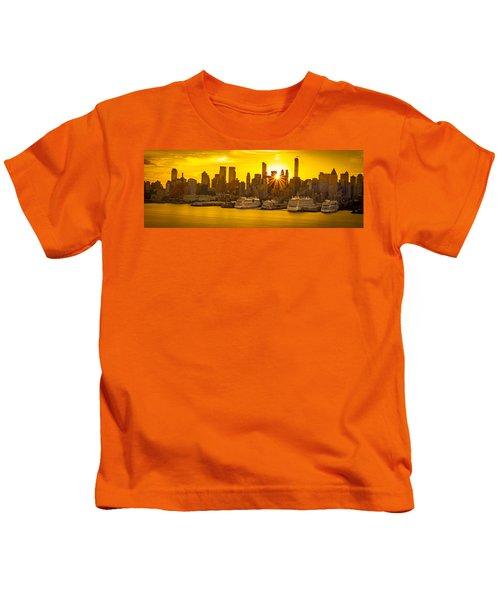 Manhattan's Ports At Sunrise Kids T-Shirt