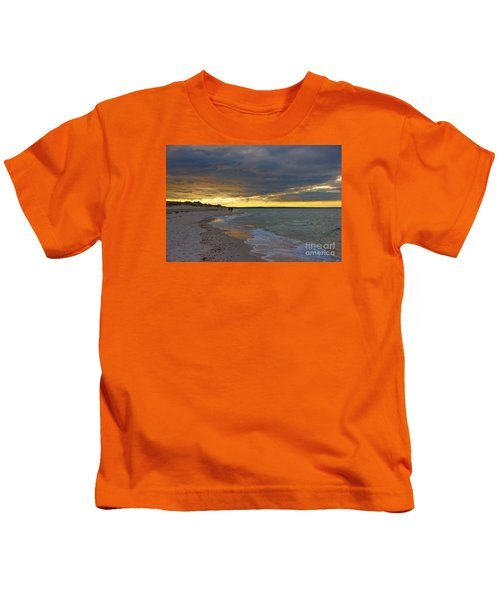 Mayflower Beach Walk Kids T-Shirt