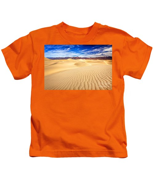 Mesquite Flat Sand Dunes In Death Valley Kids T-Shirt