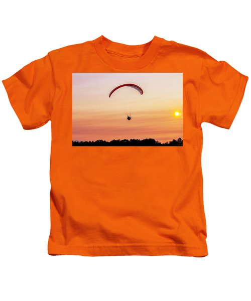 Mount Tom Parachute Kids T-Shirt