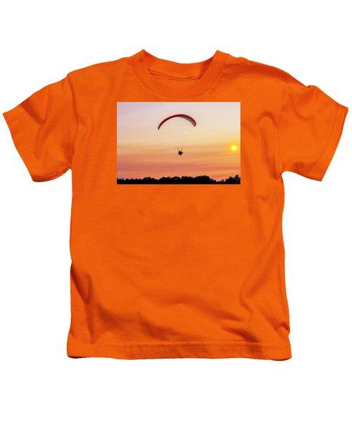 Mount Tom Parachute Kids T-Shirt