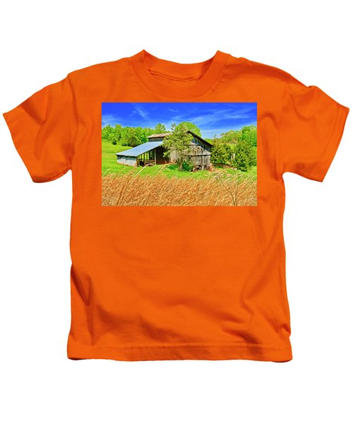 Old Country Barn Kids T-Shirt