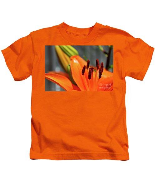 Orange Lily Close Up Kids T-Shirt