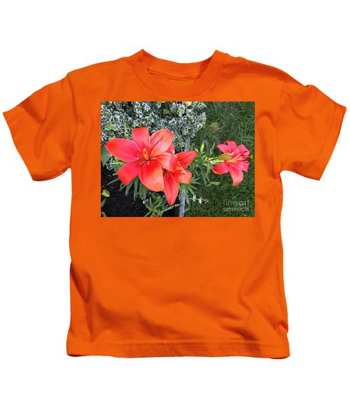 Red Day Lilies Kids T-Shirt