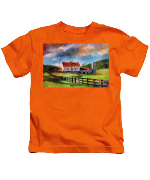Red Roof Barn Kids T-Shirt