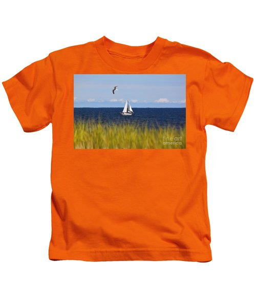 Sailing On Long Beach Island Kids T-Shirt