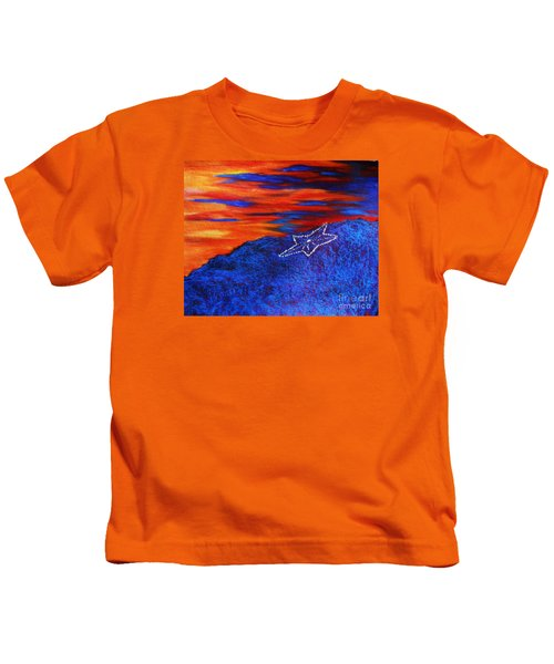 Star On The Mountain Kids T-Shirt