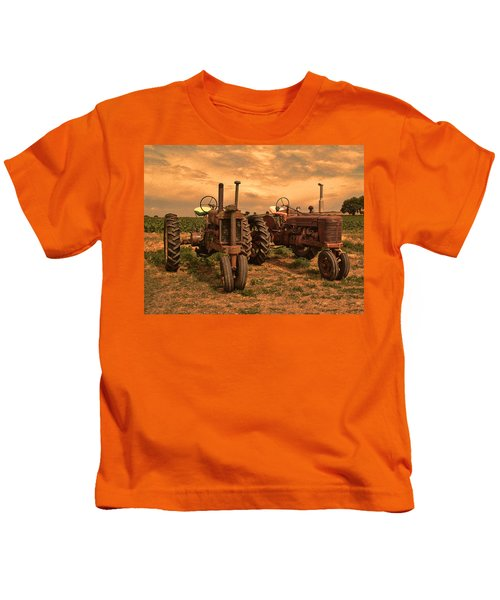 Sunset On The Tractors Kids T-Shirt