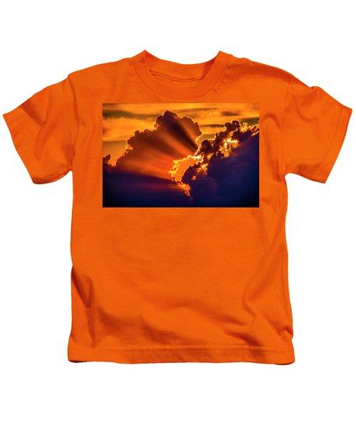 Sweet Nebraska Crepuscular Rays 010 Kids T-Shirt