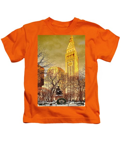 Ten Past Four At Madison Square Park Kids T-Shirt