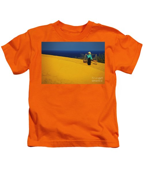 The Red San Dunes Of Mui Ne Vietnam Kids T-Shirt