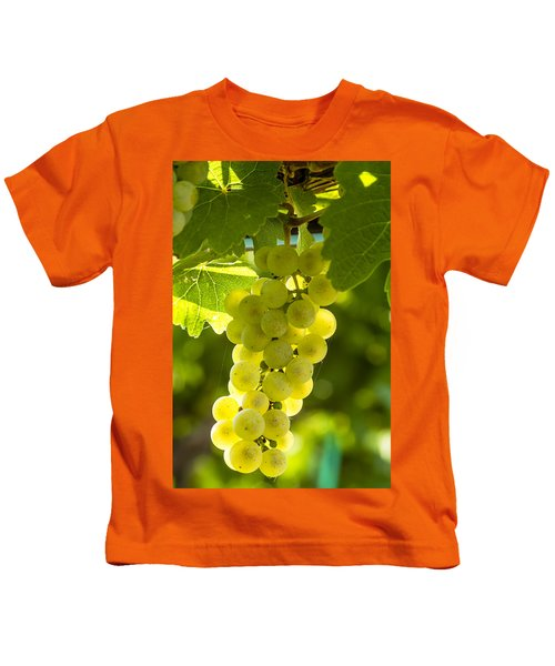 White Wine Grapes Lit By The Sun Kids T-Shirt
