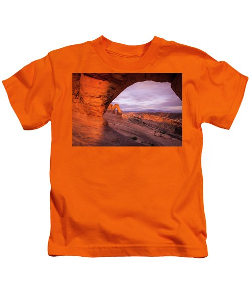 Window To Arch Kids T-Shirt