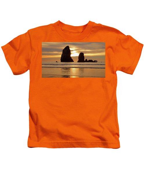 Cannon Beach November Sunset Kids T-Shirt