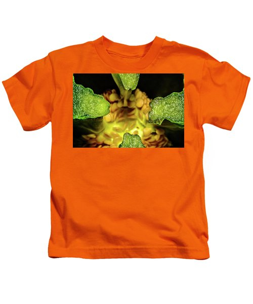 Looking Into A Pepper Kids T-Shirt