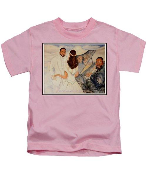 A Teddybear For Love Kids T-Shirt