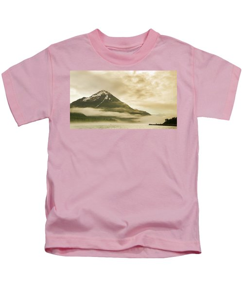 Kayaker And Marine Fog On The Alsek Kids T-Shirt
