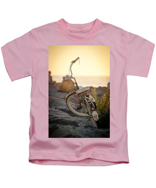 A Bike And Chi Kids T-Shirt
