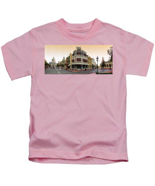 Before The Gates Open Magic Kingdom Main Street. Kids T-Shirt