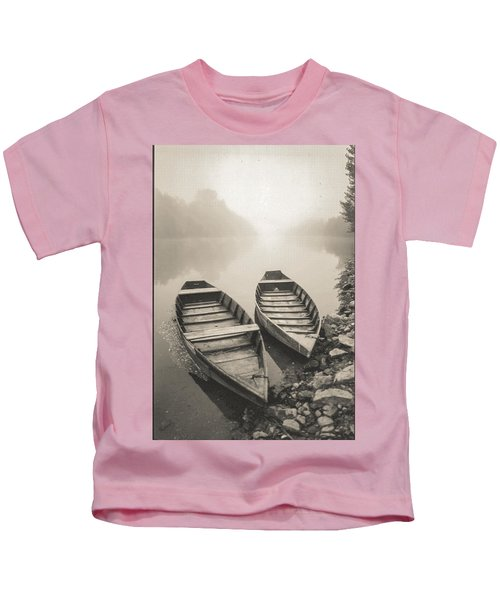 Beynac Boats Kids T-Shirt