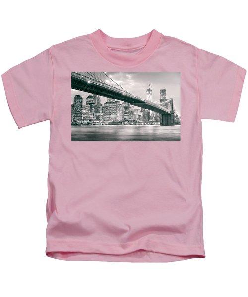 Brooklyn Bridge And New York City Skyline At Night Kids T-Shirt