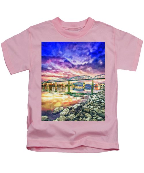 Chattanooga Reflection 1 Kids T-Shirt