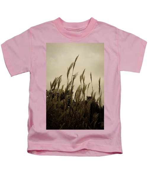Dancing Grass Kids T-Shirt