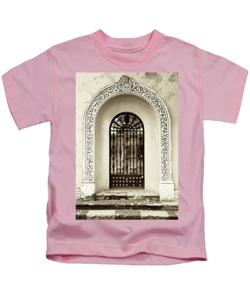 Door With Decorated Arch Kids T-Shirt
