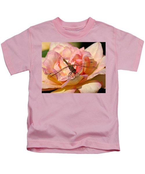 Dragonfly On A Rose Kids T-Shirt