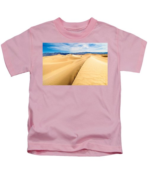 Endless Dunes - Panoramic View Of Sand Dunes In Death Valley National Park Kids T-Shirt