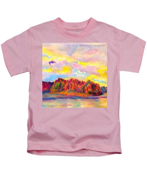 A Perfect Idea Of Freedom And Flight Kids T-Shirt