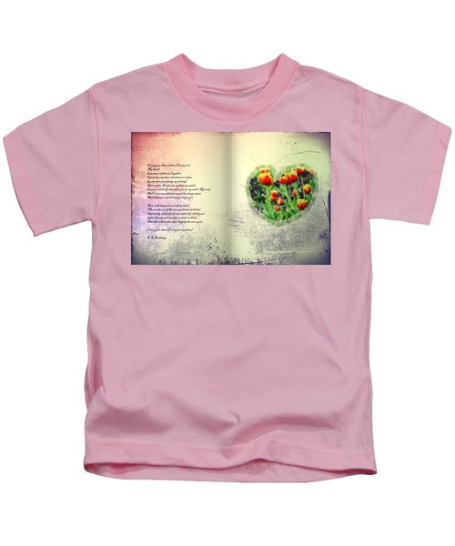 I Carry Your Heart With Me  Kids T-Shirt