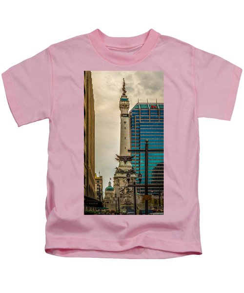 Indiana - Monument Circle With State Capital Building Kids T-Shirt