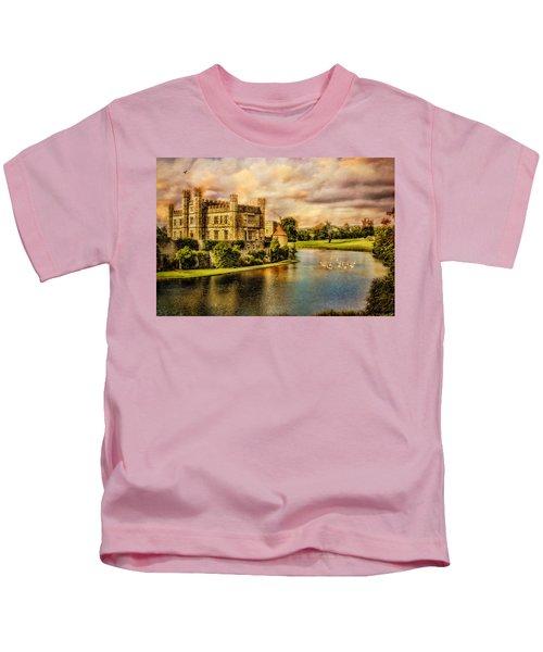Leeds Castle Landscape Kids T-Shirt