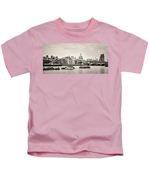 North Side Of The Thames Bw Kids T-Shirt