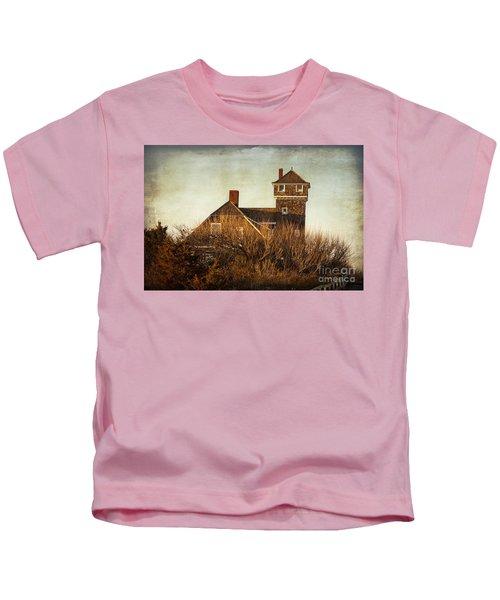On The Hook  Kids T-Shirt