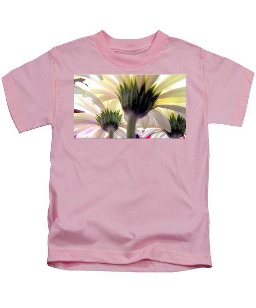Tribute To Daisies Kids T-Shirt