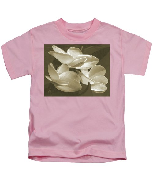 Vintage Plumeria Trio Kids T-Shirt