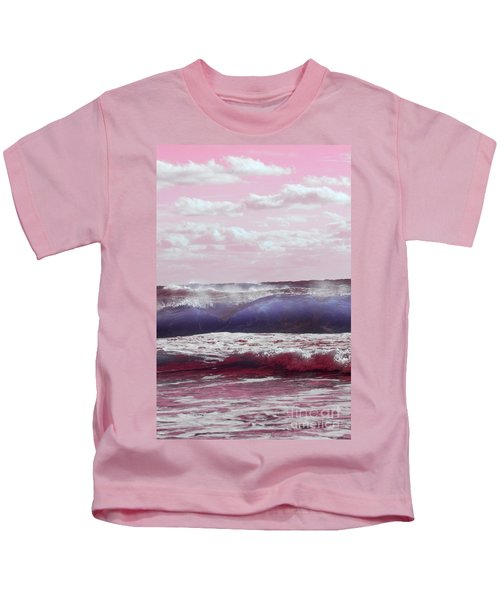 Wave Formation 2 Kids T-Shirt